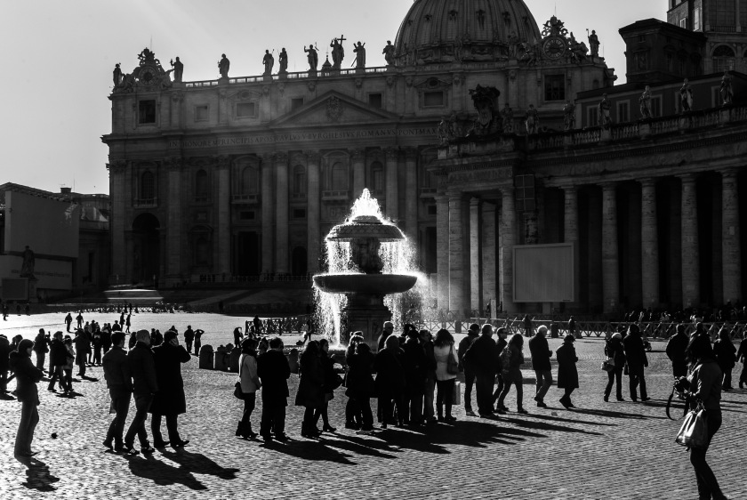 Fountain on Saint Peter's Square (Vatican)