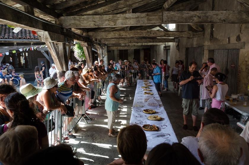 Concours de la meilleurs tarte à l'ail rose de Lautrec