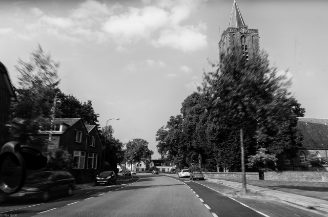 Driving past the Oude Kerk (Old Church) of Soest